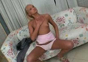 Blonde amateur slut is picked up for a cash quickie