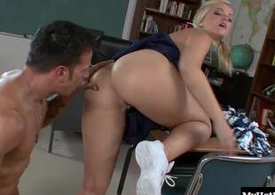 Alexis Texas is a gorgeous blond cheerleader