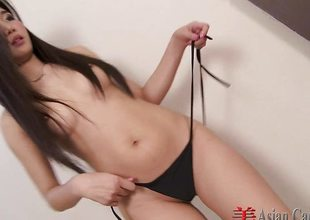 Cute Oriental Solo Lita Striptease