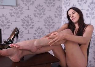 Leggy British girl desires you to stroke your cock
